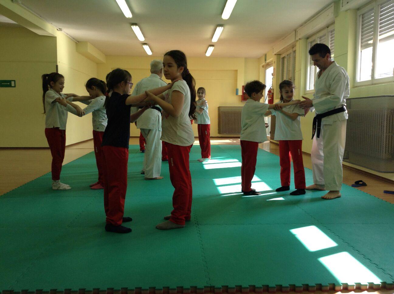 Judo alla primaria Don Luigi Monza di Cislago